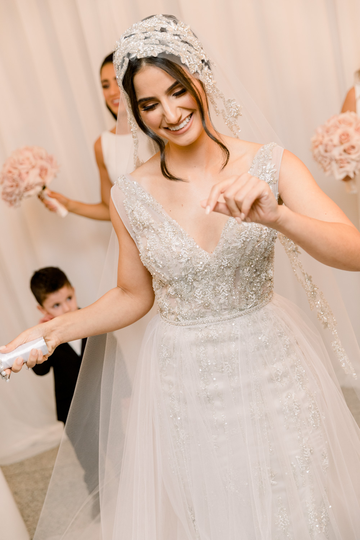 photos of bride dancing